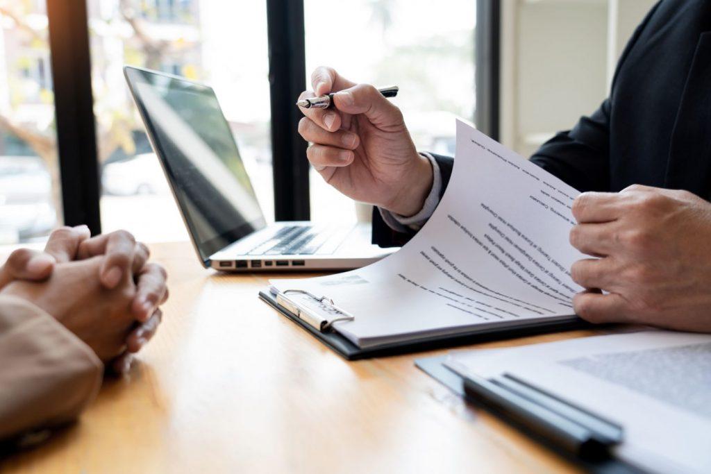 情シス(社内SE)の給料や年収相場とは?引く手数多の情シスをどう獲得すればよいか