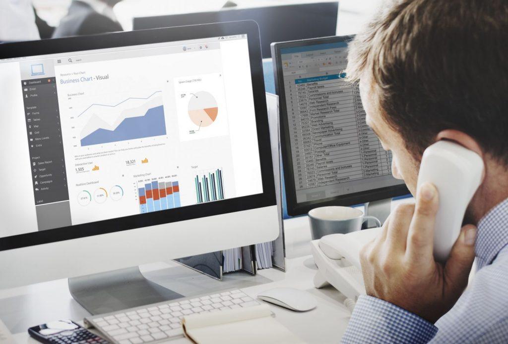 情報システム部門の課題を解決する情シス代行サービス