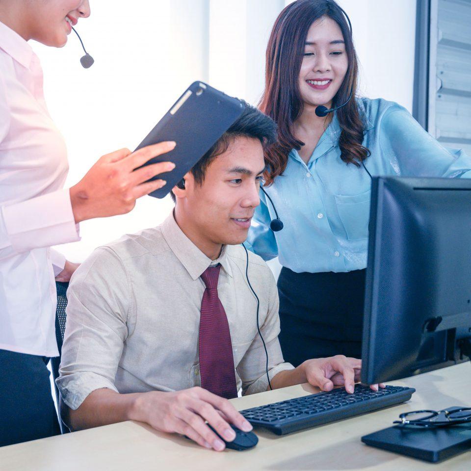 情報システムの課題を解決する情シス代行サービス